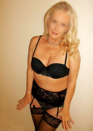Flossie escort girl in Big Bear City