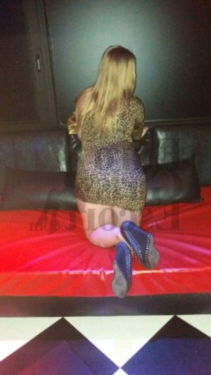 Kassya shemale escort girl