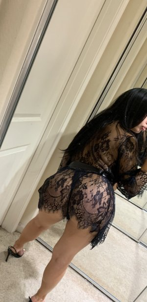 Sylvina escort girl